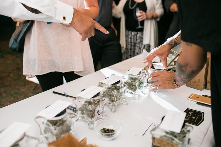 Oregon Wedding Featuring Weed Bar Was A Huge 'Hit' With Guests