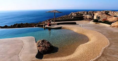 The 10 Best Airbnb Pools From Around The World