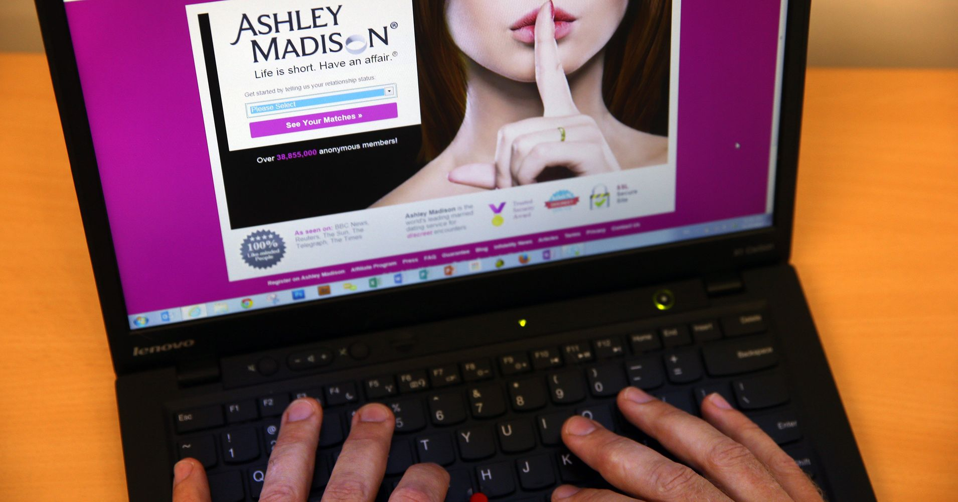 ashley madison desktop site