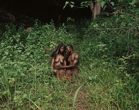 Deana Lawson. The Garden, Gemena, DR Congo, 2014. © Deana Lawson. Courtesy of Rhona Hoffman Gallery, Chicago.