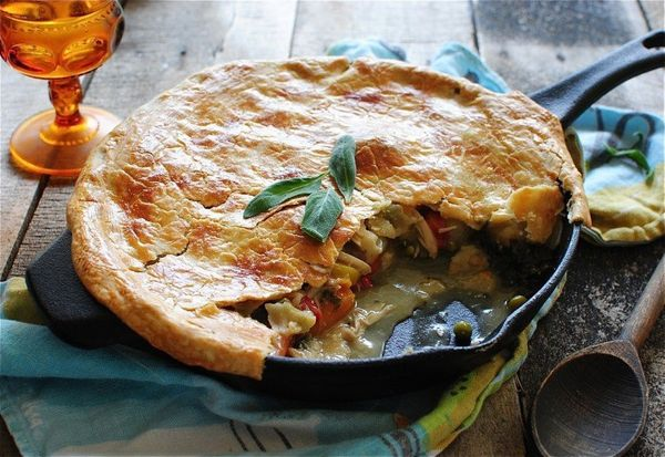 """<strong>Get the <a href=""""http://www.tablespoon.com/recipes/cast-iron-skillet-chicken-pot-pie/cf470c09-6784-4307-8f36-186f2ee6"""