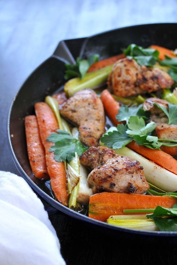 """<strong>Get the <a href=""""http://thepigandquill.com/2014/02/08/app-citing-news-and-25-minute-skillet-chicken-w-carrots-leeks-g"""