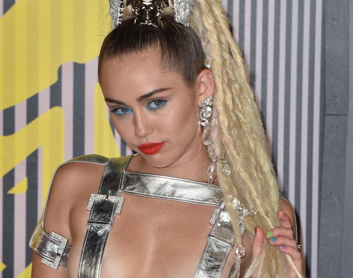 Miley Cyrus is vocal about lesbian sex on new album.