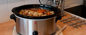 CARROTS COOKER CROCK KITCHEN ONION POT SCOUSE SLOW
