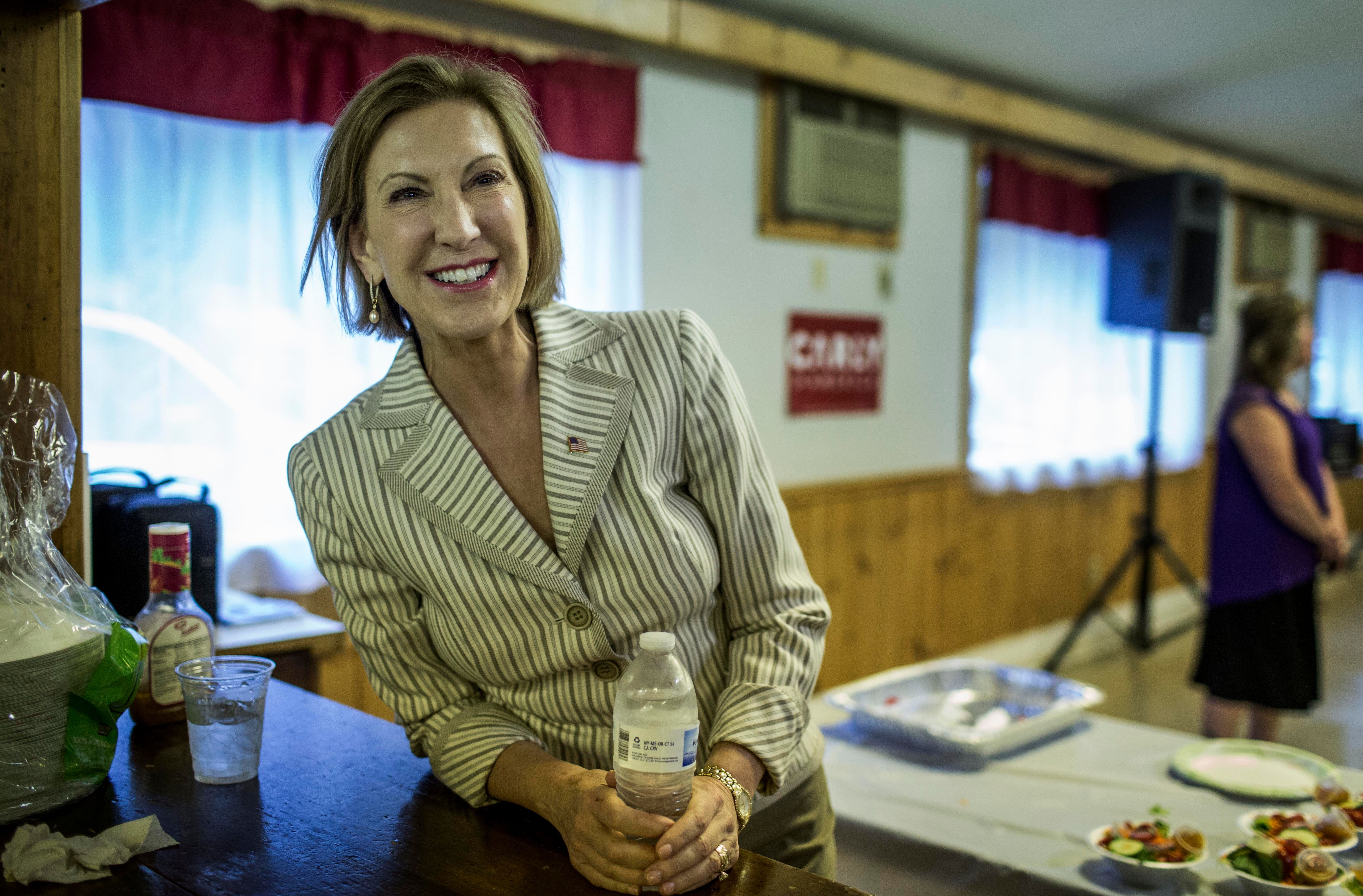 LITTLETON, NEW HAMPSHIRE - AUGUST 20:  Carly Fiorina meets New Hampshire voters at a Spaghetti Dinner in the north country of Littleton, New Hampshire on Thursday, August 20, 2015. (Photo by Melina Mara/The Washington Post via Getty Images)