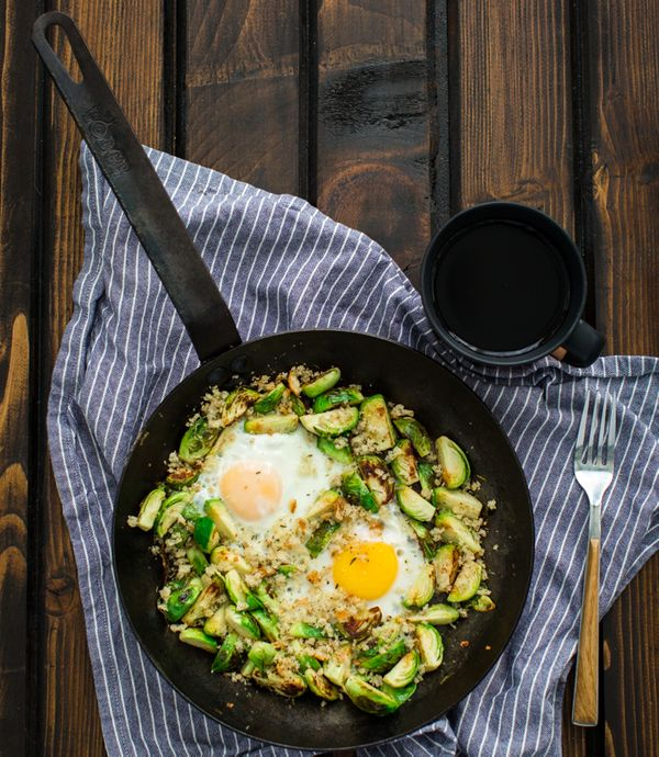 "<strong>Get the<a href=""http://naturallyella.com/2015/01/29/brussels-sprouts-and-eggs/"" target=""_blank""> Brussels Sprouts and"