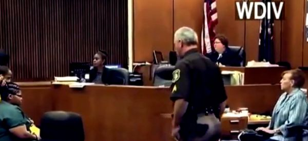 Father Attacks The Killer Of His 3-Year-Old Daughter In Court (VIDEO)