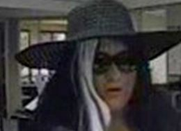 Bank Teller's Bad Spanish Skills Thwart Attempted Robbery