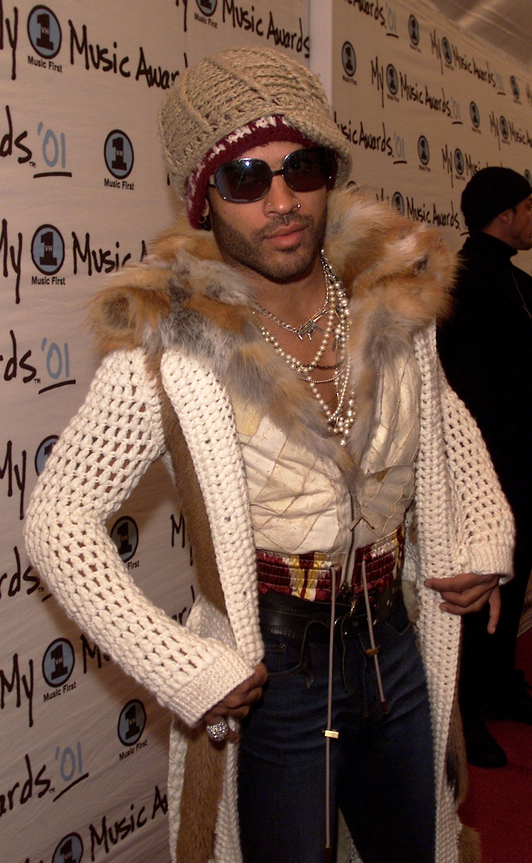 11 Times Lenny Kravitz\u0027s Accessories Were Cooler Than Yours