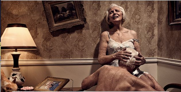 The Photo That Proves Older People Having Sex Is Beautiful -5224