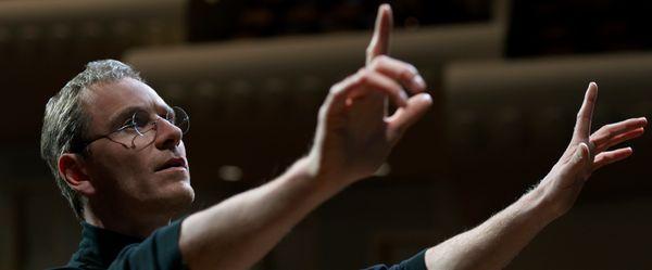 Directed by Danny Boyle • Written by Aaron Sorkin Starring Michael Fassbender, Steve Rogen, Kate Winslet, Jeff Daniels,