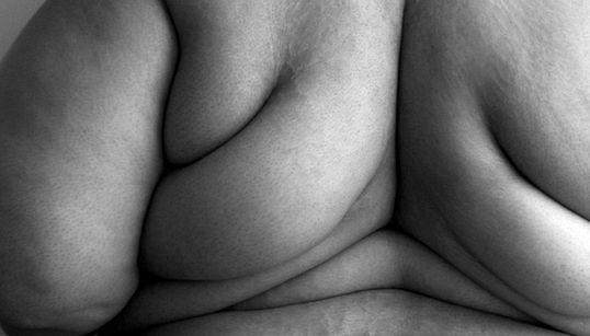 Este ensaio é um recado sobre obesidade, feminismo e um f*da-se para a sociedade