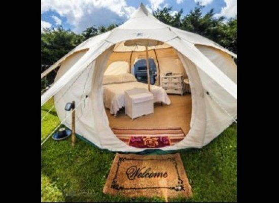Any one of these looks so glam I would go anywhere if I had tents like these.