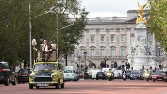 LONDON, ENGLAND - SEPTEMBER 04:  British comedy icon Mr. Bean heads to Buckingham Palace to celebrate 25 years, the release of Mr. Bean 25th Anniversary DVD Boxset, and new animated episodes on Boomerang at The Mall on September 4, 2015 in London, England.  (Photo by Stuart C. Wilson/Getty Images for Universal Pictures Home Entertainment)