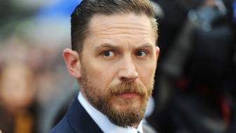 LONDON, ENGLAND - SEPTEMBER 03:  Tom Hardy attends the UK Premiere of 'Legend' at Odeon Leicester Square on September 3, 2015 in London, England.  (Photo by Dave J Hogan/Getty Images)