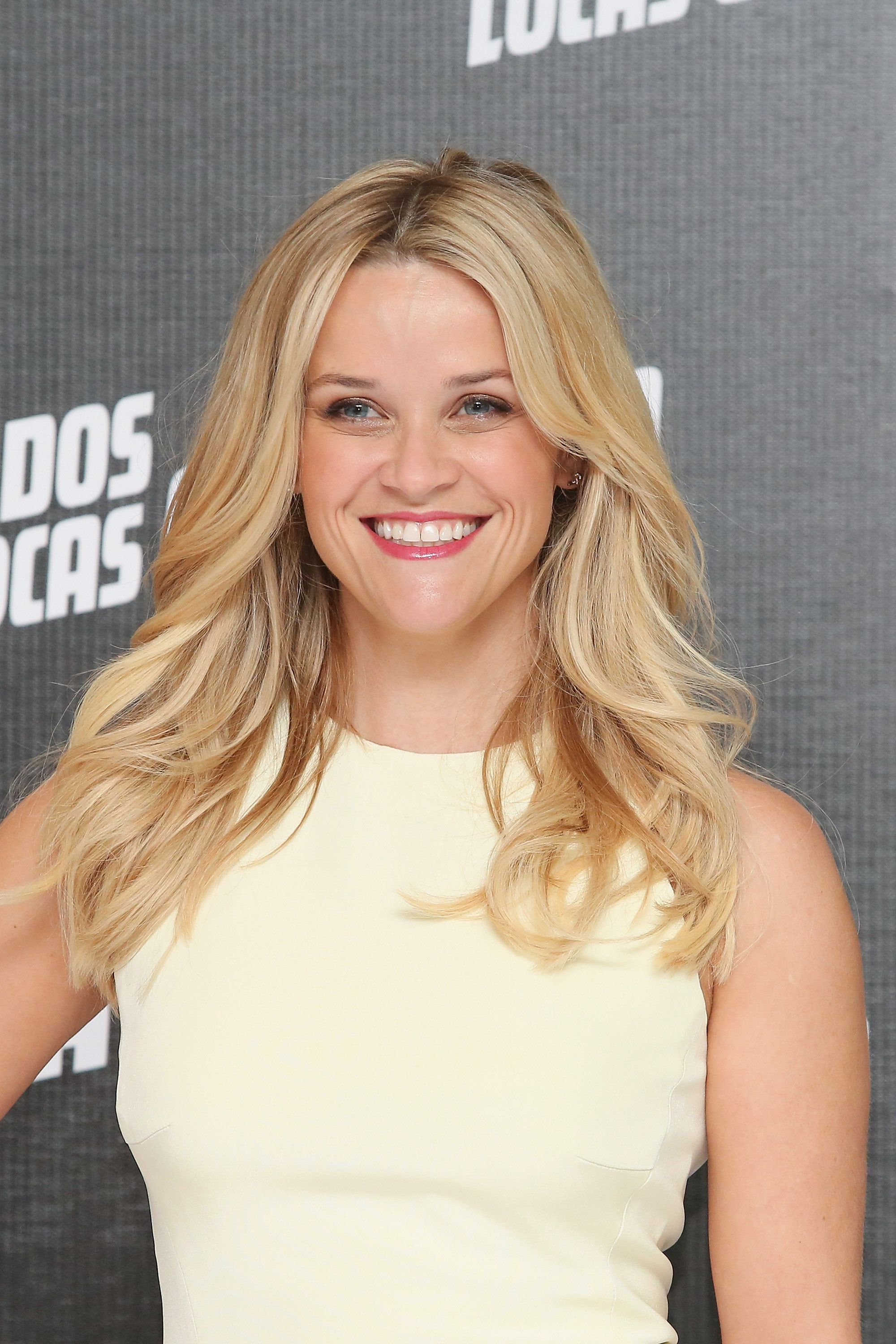 MEXICO CITY, MEXICO - JUNE 23:  Actress Reese Witherspoon attends a photocall to promote her new film 'Hot Pursuit' at St. Regis Hotel on June 23, 2015 in Mexico City, Mexico.  (Photo by Victor Chavez/WireImage)