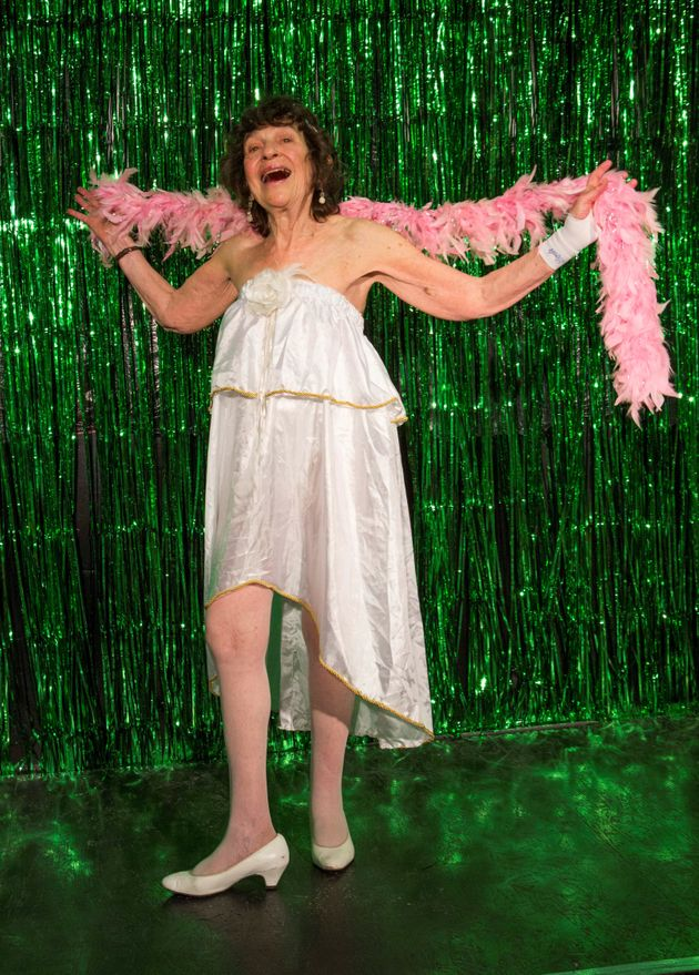 81 Year Old Burlesque Dancer Is The Poster Girl For Confidence