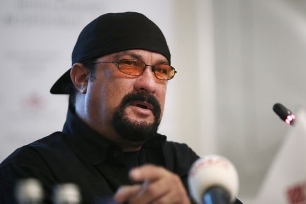 "Seagal&nbsp;discussed his Buddhist&nbsp;practices in a <a href=""http://www.pbs.org/wgbh/pages/frontline/shows/tibet/etc/scrip"
