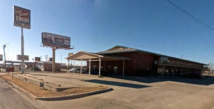 """<p><span style=""""font-family: Arial, Helvetica, sans-serif; font-size: 14px; line-height: 20px; background-color: #eeeeee;"""">The Best Budget Inn in 2007 (now a Super 40 Inn) near Interstate 40 in Oklahoma City.</span></p>"""