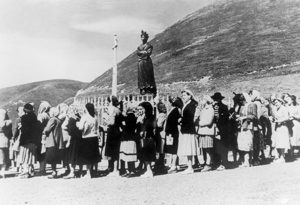 A group of pilgrims travel to a holy site in the French Alps, where Mary is said to have appeared to two young shepherds.