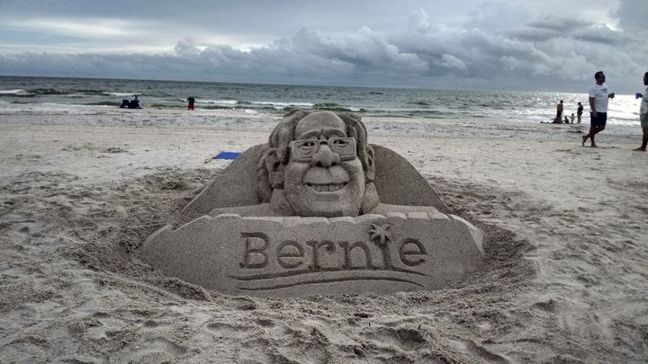 If You Love Bernie Sanders And Puns, You'll Love This Photo | HuffPost
