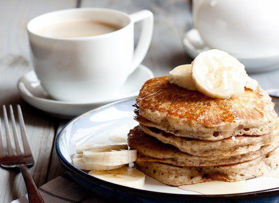 "<strong>Get the <a href=""http://www.portuguesegirlcooks.com/2012/05/healthier-buttermilk-pancakes.html#"" target=""_hplink"">Who"