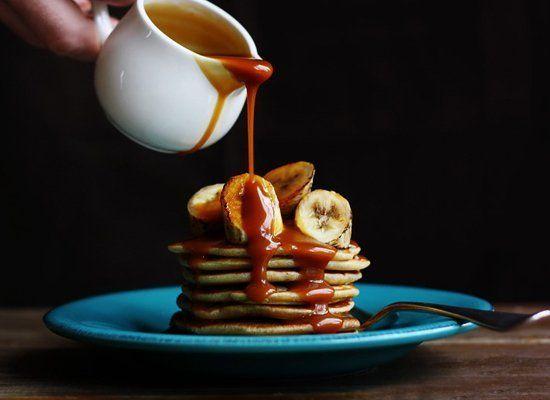 "<strong>Get the <a href=""http://www.citrusandcandy.com/2012/02/coconut-pancakes-bananas-salted-caramel.html"" target=""_hplink"""