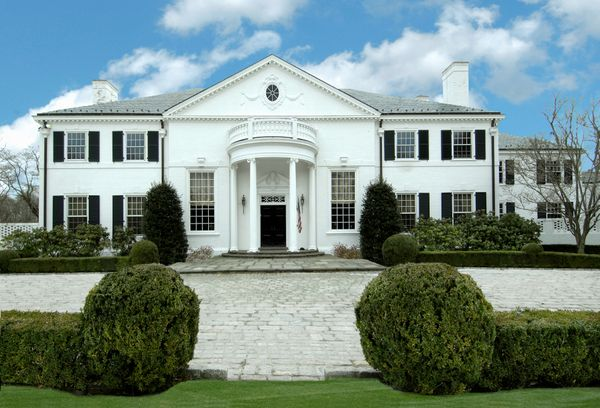 """Trump <a href=""""http://www.ctpost.com/news/article/Trump-s-former-Greenwich-home-on-the-market-for-6022435.php#photo-7394892"""">"""