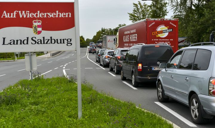 Heightened border checks along the German/Austrian border caused severe traffic jams on Monday.