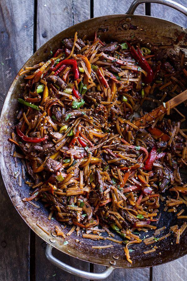 "<strong>Get the <a href=""http://www.halfbakedharvest.com/30-minute-stir-fried-korean-beef-toasted-sesame-noodles/"" target=""_b"