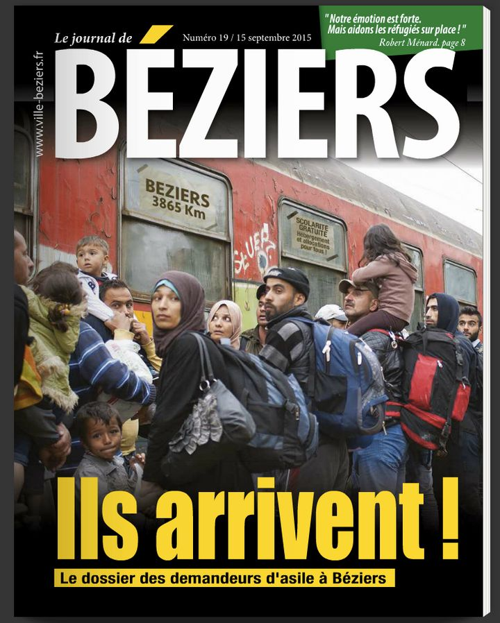 The city's municipal newsletter took a photo of traveling refugees and photoshopped a Beziers sign in. The headline