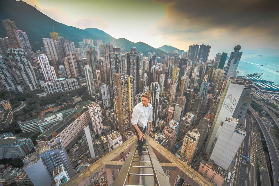 <span class='image-component__caption' itemprop=&quot;caption&quot;>Oleg in Hong Kong.</span>