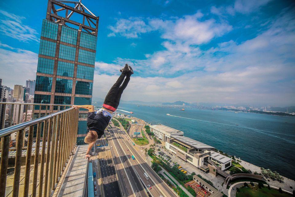 <span class='image-component__caption' itemprop=&quot;caption&quot;>Hong Kong</span>