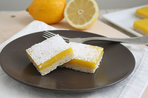 "<strong>Get the <a href=""http://traceysculinaryadventures.blogspot.com/2011/03/lemon-bars.html#.US9zsuvwJeMtra"">Lemon Bars re"