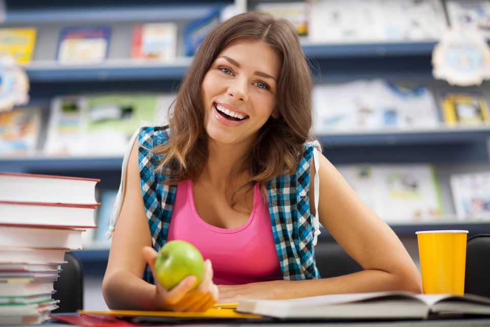 "<a href=""http://www.huffingtonpost.com/2012/08/11/gratitude-teens-happier_n_1749118.html"">Grateful teens are happier</a>, acc"