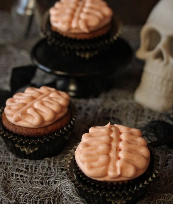 "<strong>Get the <a href=""http://www.sugarhero.com/brain-cupcakes/"" target=""_blank"">Brain Cupcakes recipe</a> from Sugar Hero<"