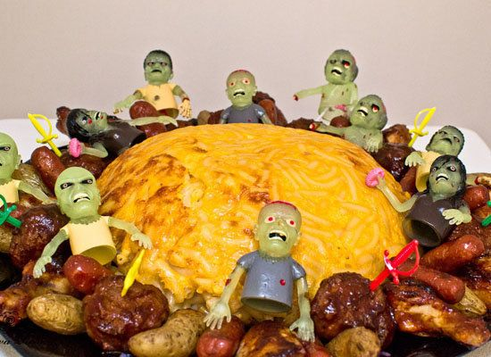 "<strong>Get the <a href=""http://www.guavarose.com/2012/10/zombie-mac-and-cheese-brain-2/"">Zombie Mac and Cheese Brain recipe<"