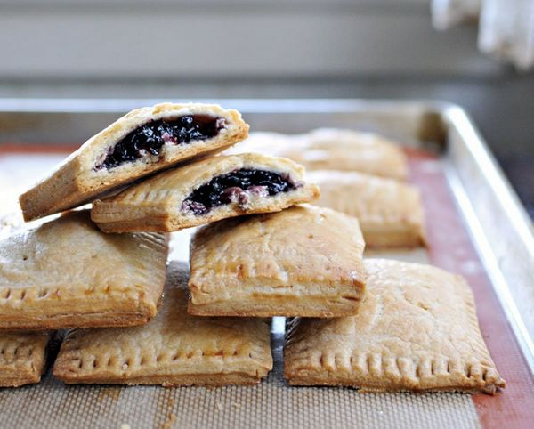 """<strong>Get the <a href=""""http://thepigandquill.com/2014/10/18/cream-cheese-pepper-jelly-or-blueberry-pop-tarts/"""" target=""""_bla"""