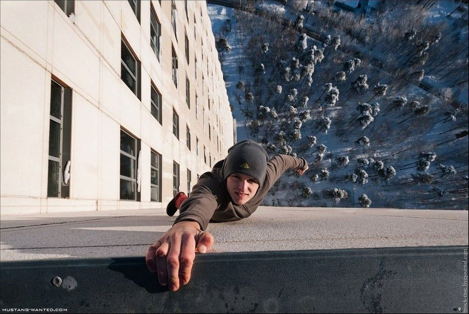 "Mustang Wanted, seen here hanging from a building in Moscow, is known as the real-life ""Spiderman"".    See more at <a href=""h"