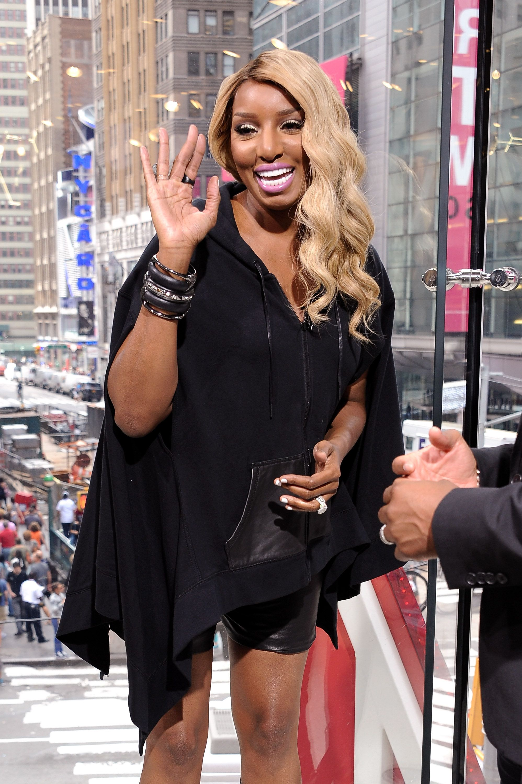 NEW YORK, NY - SEPTEMBER 11:  Nene Leakes visits 'Extra' at their New York studios at H&M in Times Square on September 11, 2015 in New York City.  (Photo by D Dipasupil/Getty Images for Extra)