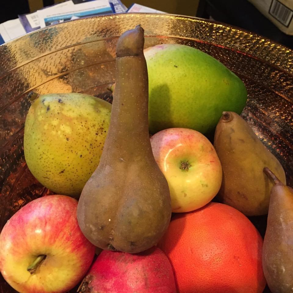 Fruit basket penis