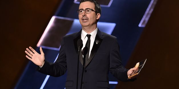 John Oliver Basically Auditioned To Host The Emmys At The Emmys