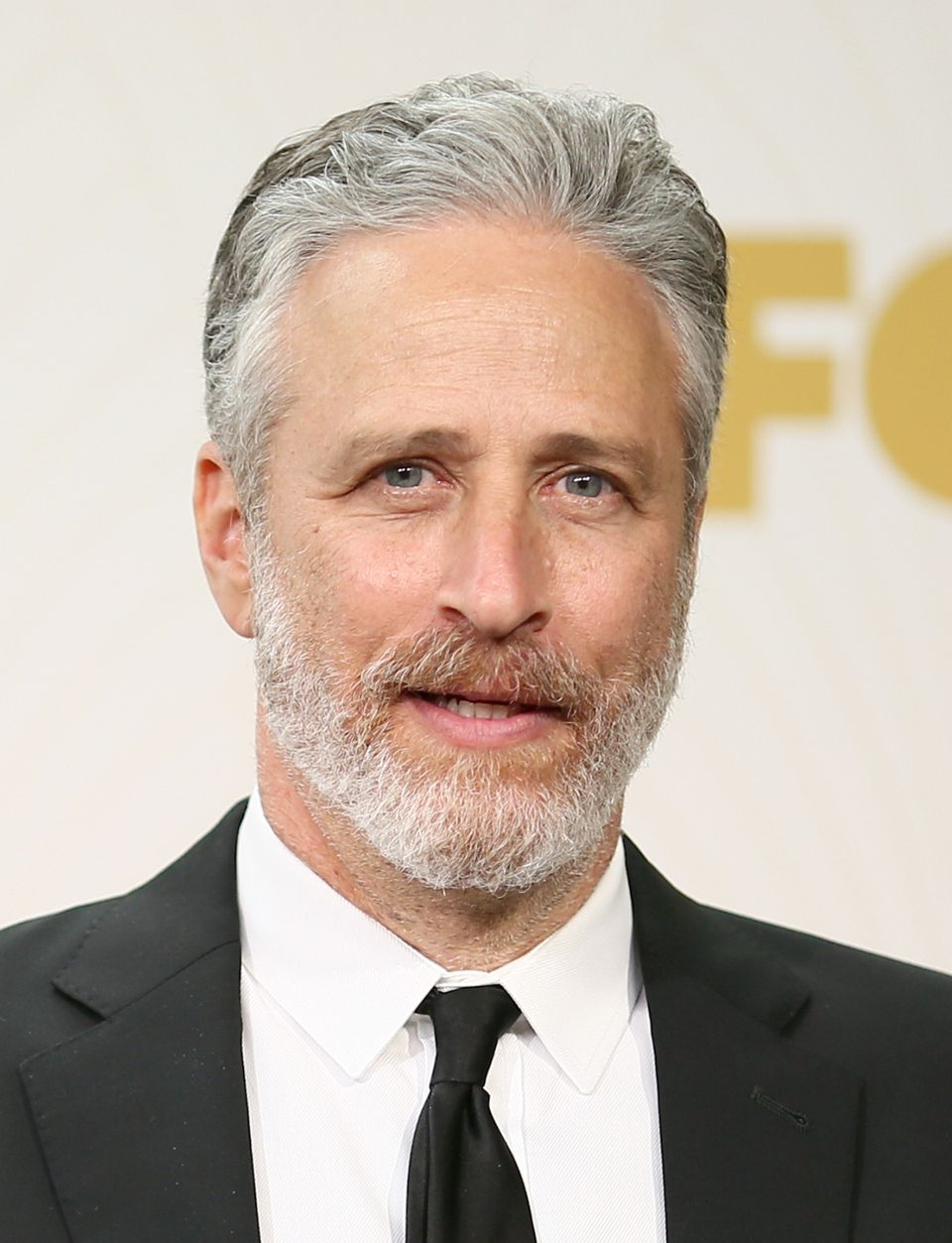Stewart, now known for being comedy's hottest silver fox, wasn't always gray. He actually used to have a head chock full of t