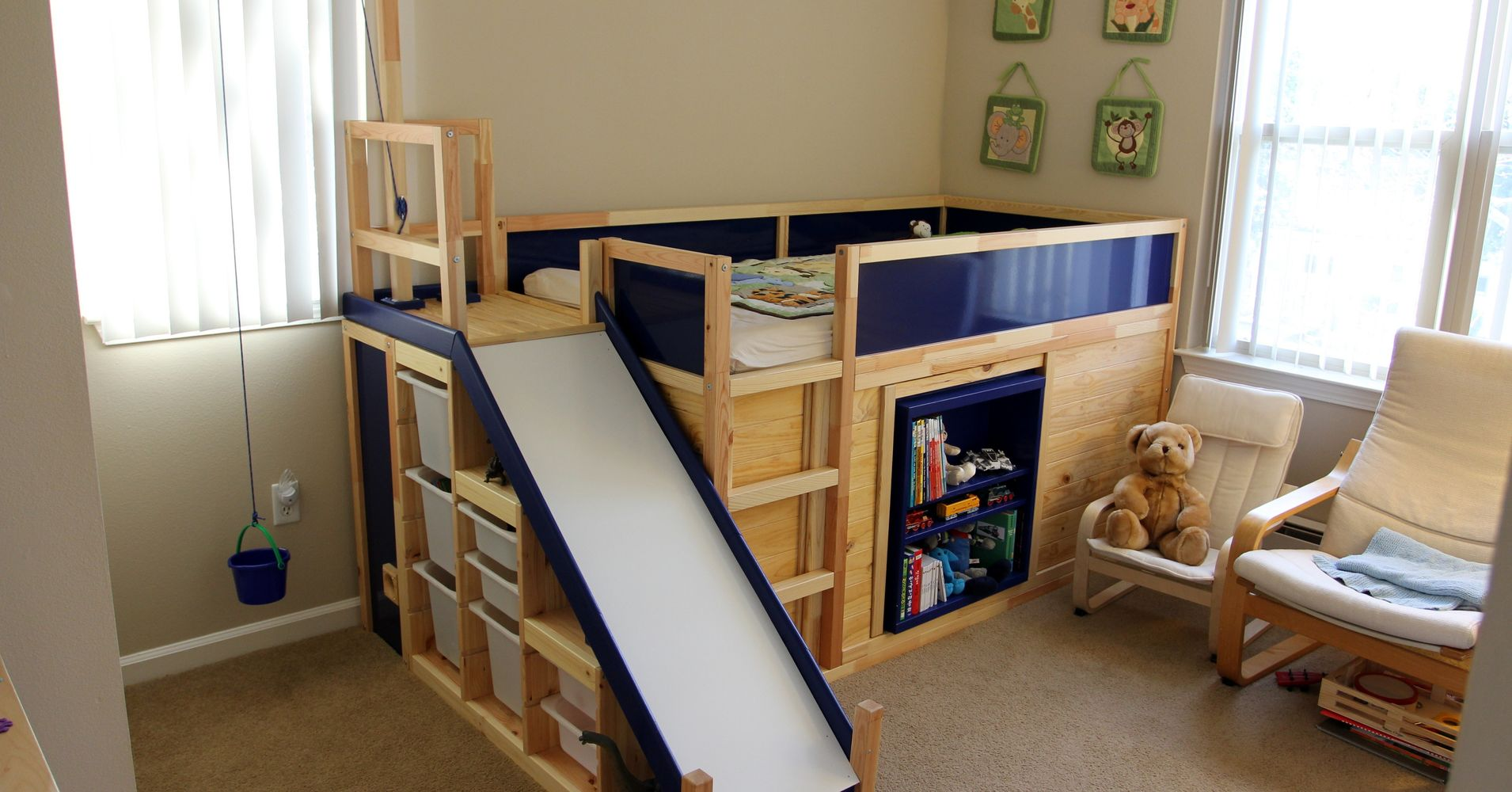one dad hacked ikea to make the ultimate kids 39 bed on the. Black Bedroom Furniture Sets. Home Design Ideas
