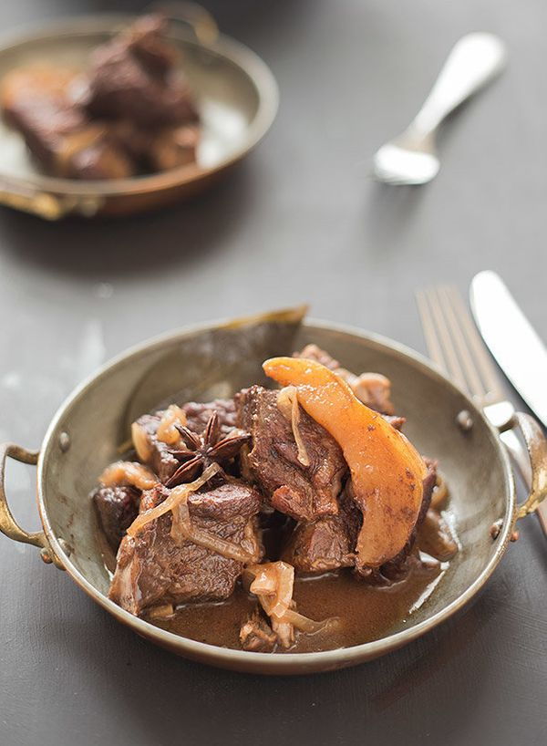 """<strong>Get the <a href=""""http://slimpalate.com/braised-chuck-with-pear-chocolate-and-ginger/"""" target=""""_blank"""">Braised Chuck w"""
