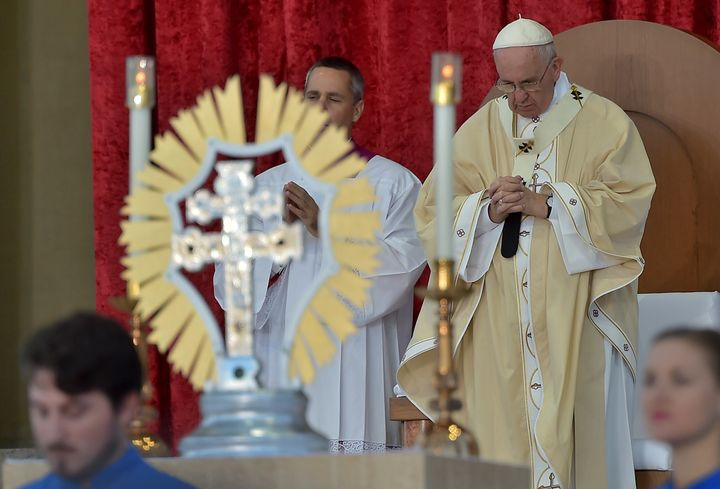 Pope Francis prepares to conduct Mass at the Basilica of the National Shrine of the Immaculate Conception in Washington, DC,