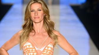 SAO PAULO, BRAZIL - APRIL 15:  Gisele Bundchen walks the runway during the Colcci show at SPFW Summer 2016 at Parque Candido Portinari on April 15, 2015 in Sao Paulo, Brazil.  (Photo by Fernanda Calfat/Getty Images)