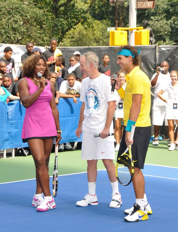 """<a href=""""http://espn.go.com/espnw/news-commentary/article/13201089/hold-your-breath-waiting-serena-williams"""">High praise</a>&"""