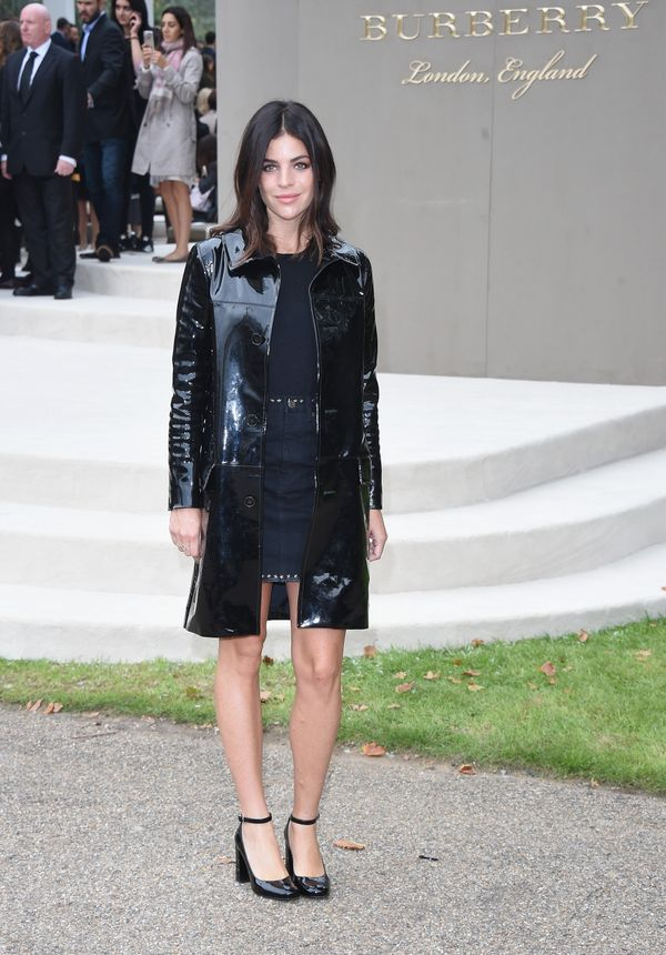 This Alexa Chung Outfit Is So Wrong in Theory, But Somehow It Works forecast