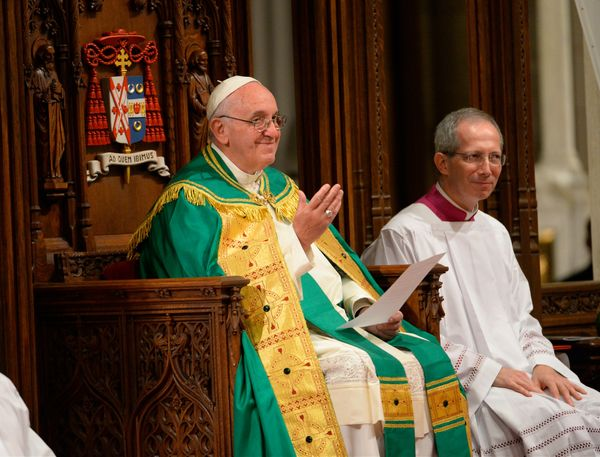 NEW YORK, NY - SEPTEMBER 24: Pope Francis prepares to lead evening Vespers at Saint Patrick's Cathedral on September 24, 2015